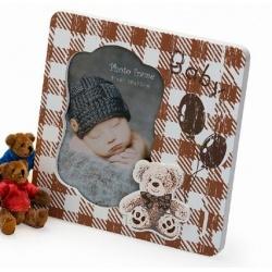 Dětský dřevěný fotorámeček 10x15 tmavě hnědý